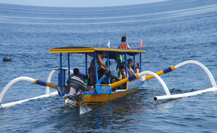 amed beach bali hotel diving accommodation packages