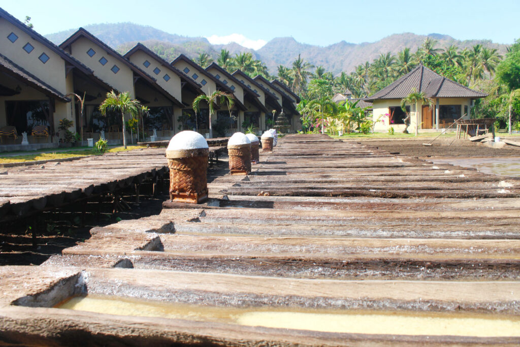 traditional salt panning in Hotel Uyah Amed & Spa Resort
