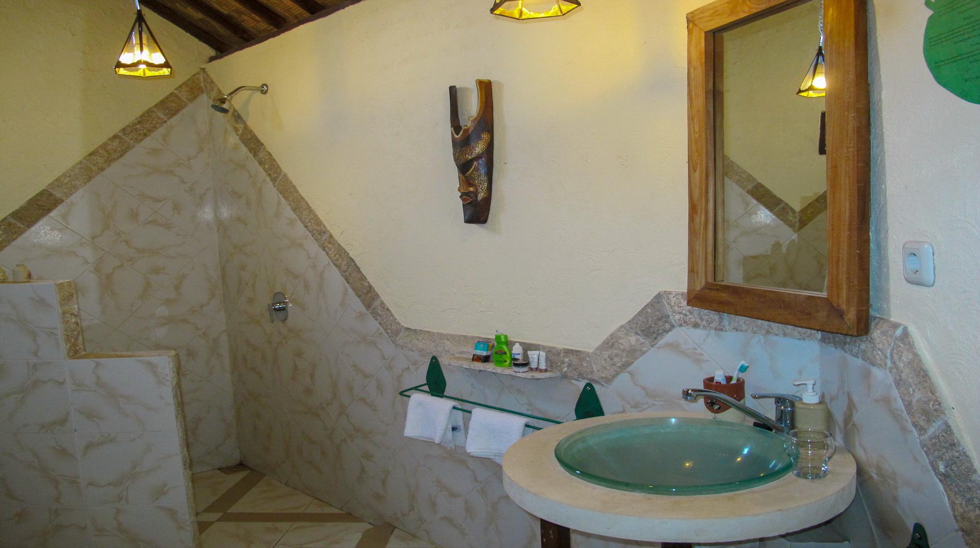 Bungalow Vue Mer - Hotel Uyah Amed & Spa Resort Bali