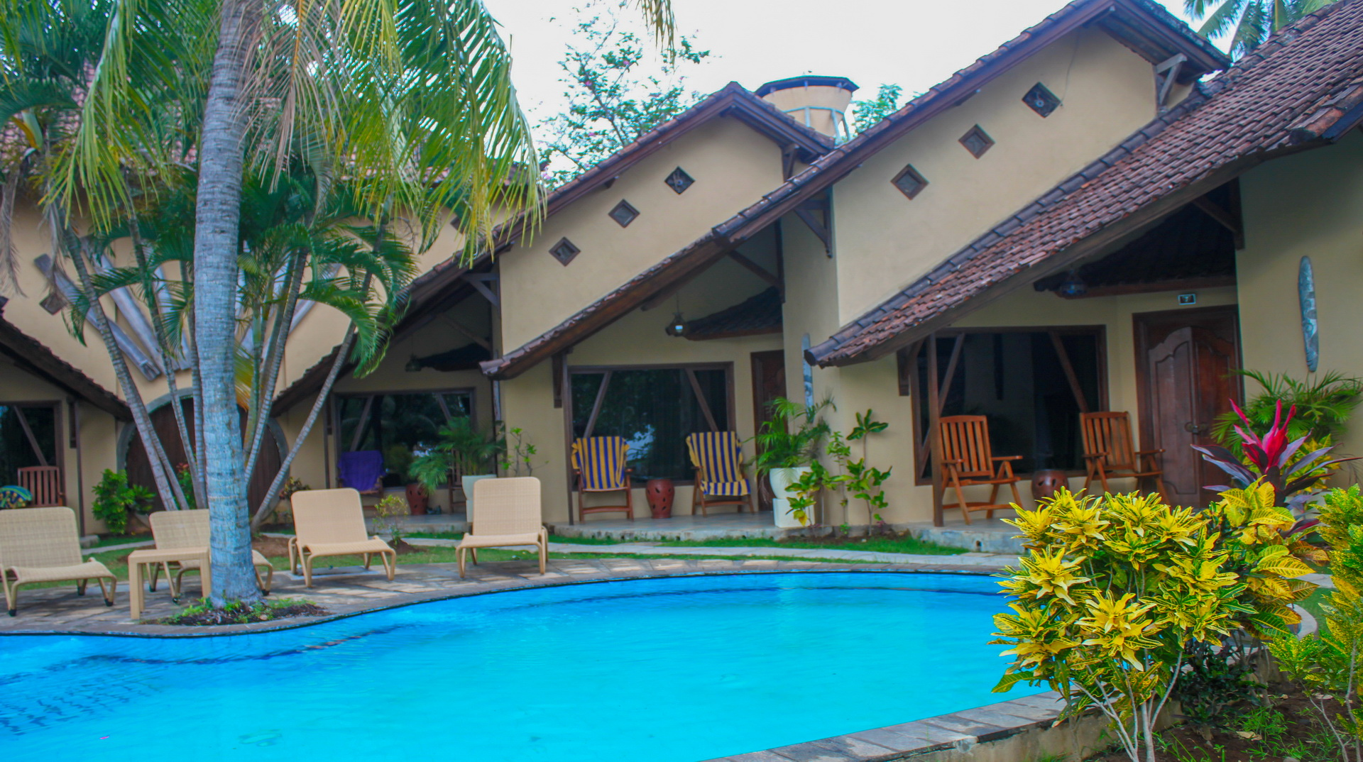 Hotel Uyah Amed & Spa Resort Pool Side Bungalow Twin Fan_6