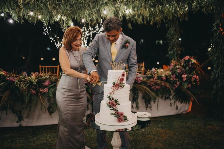 Romantische Balinesische Hochzeitszeremonie Hochzeitsfeier